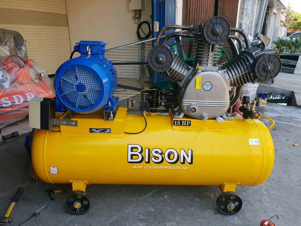AIR COMPRESSOR BISON